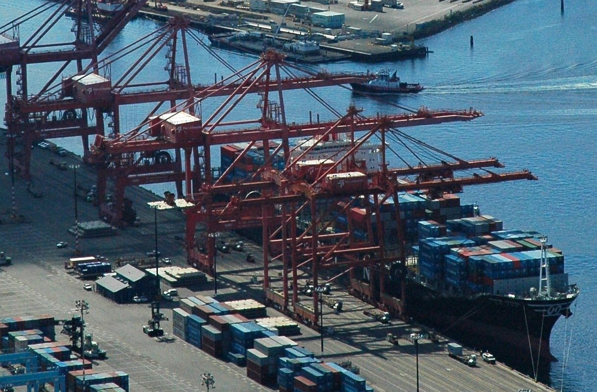 port of seattle container shipping terminal