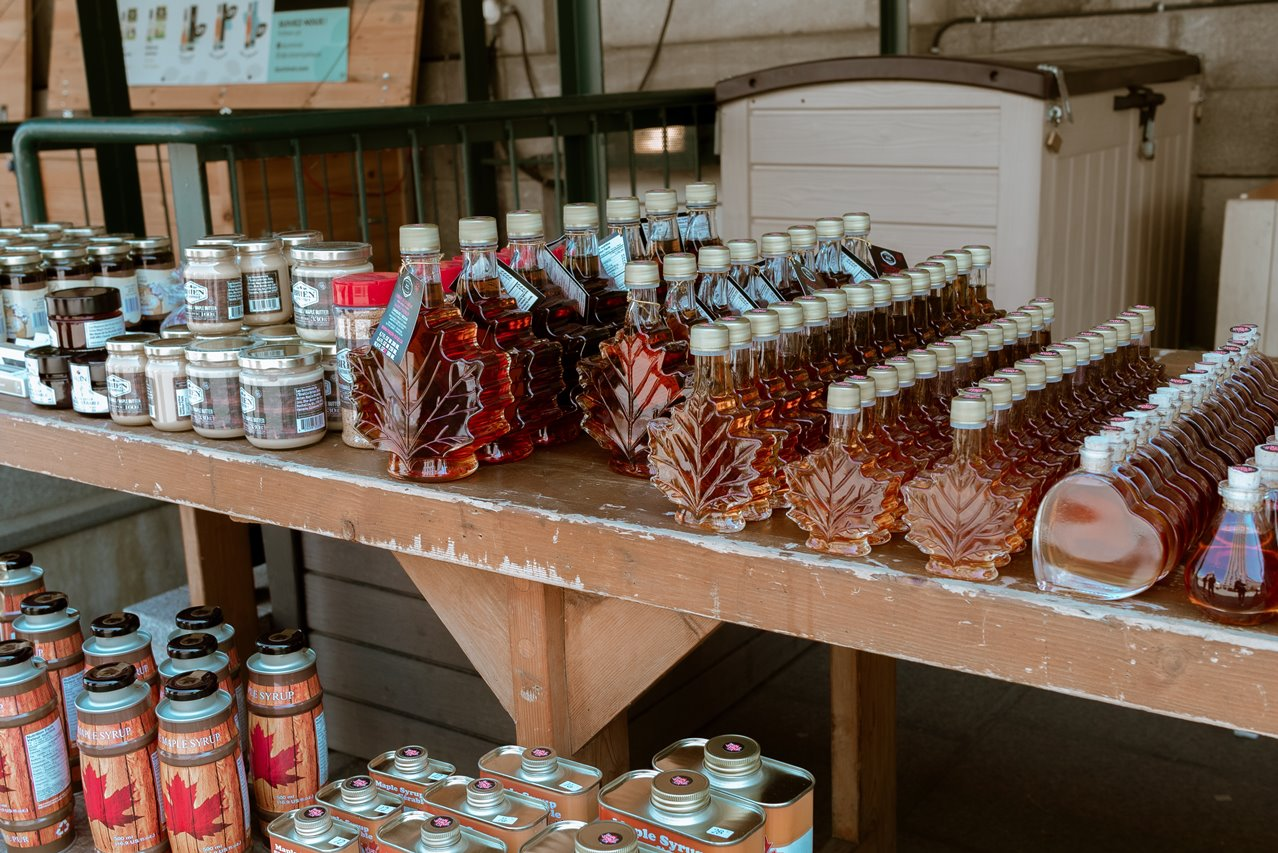bottles-maple-syrup